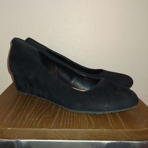 Clarks Artisan Covered Wedge Comfort Pumps 11